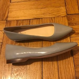 Cole Haan 7 1/2 Gray Patent Leather Flats